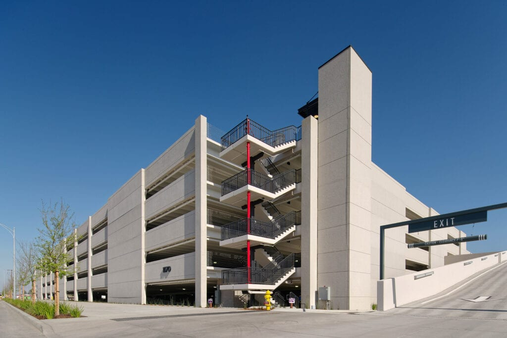 Corner view of Coleman Highline Parking Structure 2